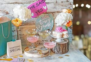 Amazing bridal shower decor ideas and bachelorette party destinations.